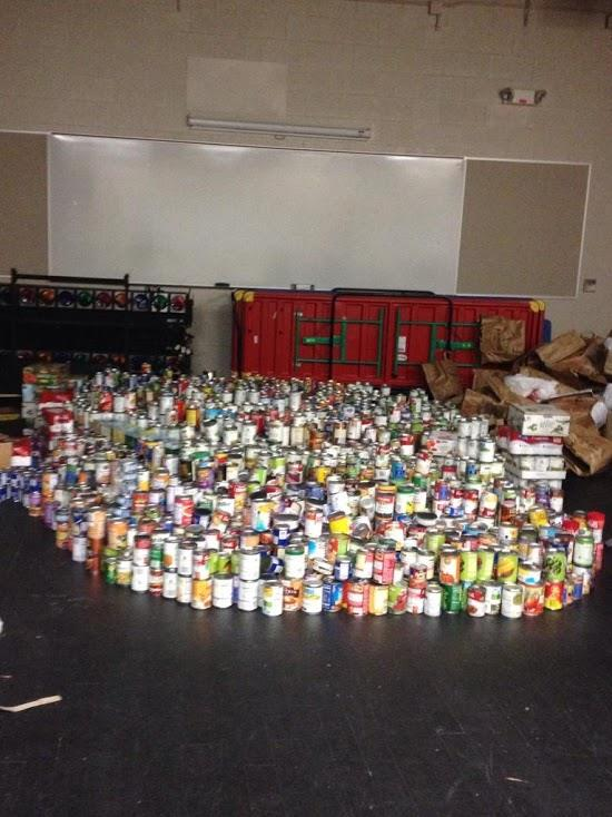 AHS+raised+over+42%2C00+cans+during+the+can+drive%21