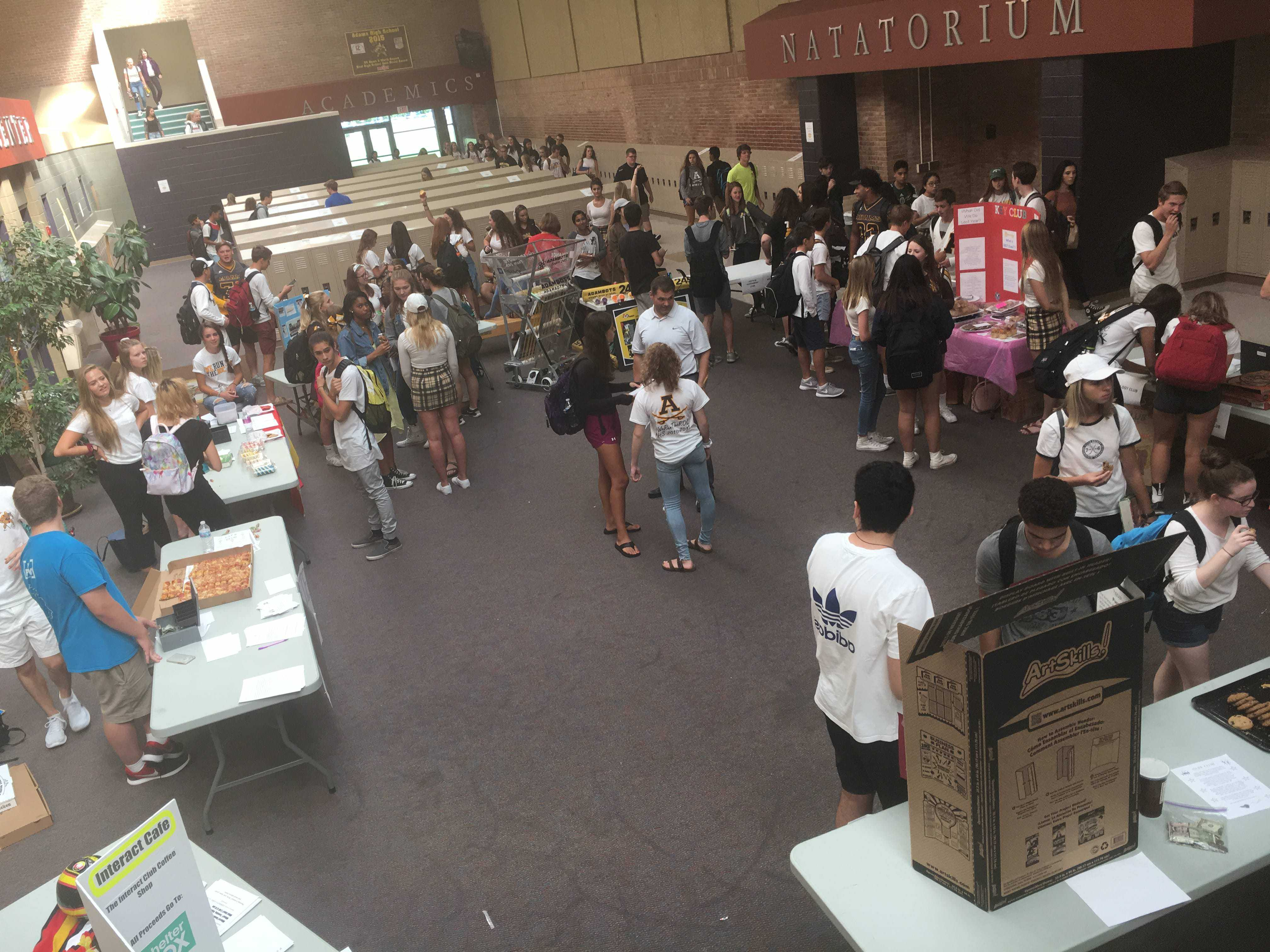Students gather in the Senior Area during lunch for Club Fair.