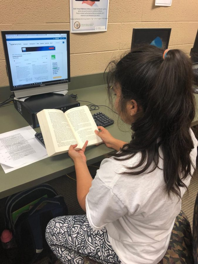 Avanthika+Sinha+reading+her+assigned+novel+while+using+Sparknotes.