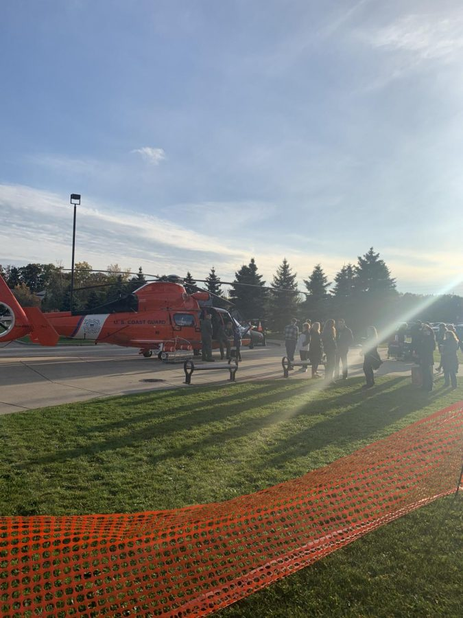 The+U.S.+Coast+Guard+helicopter++