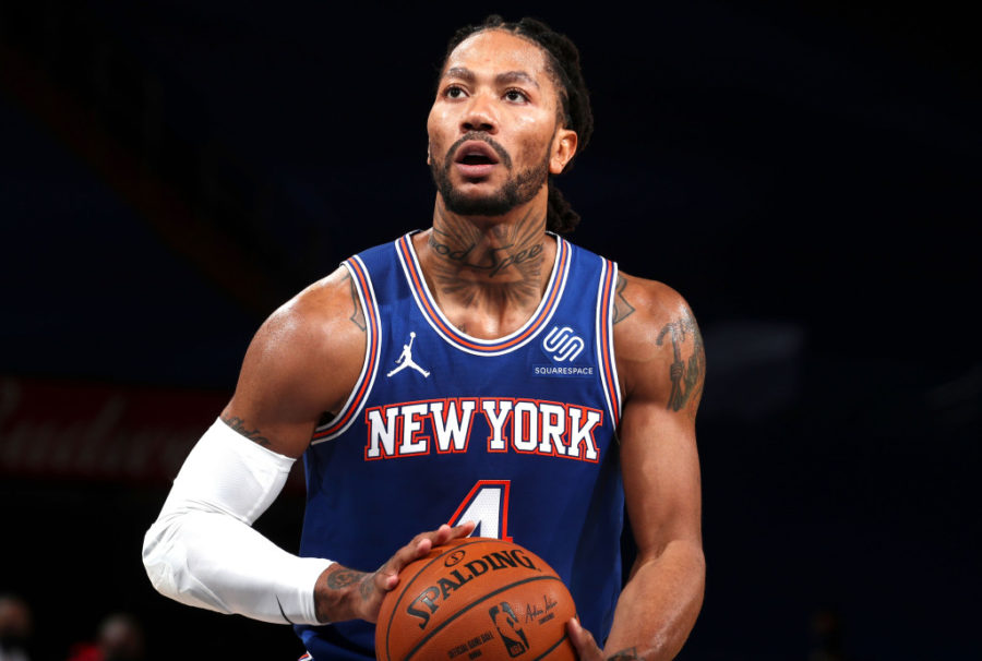 Derrick Rose helps the Knicks win against the Houston Rockets in his third game with his new team this season.