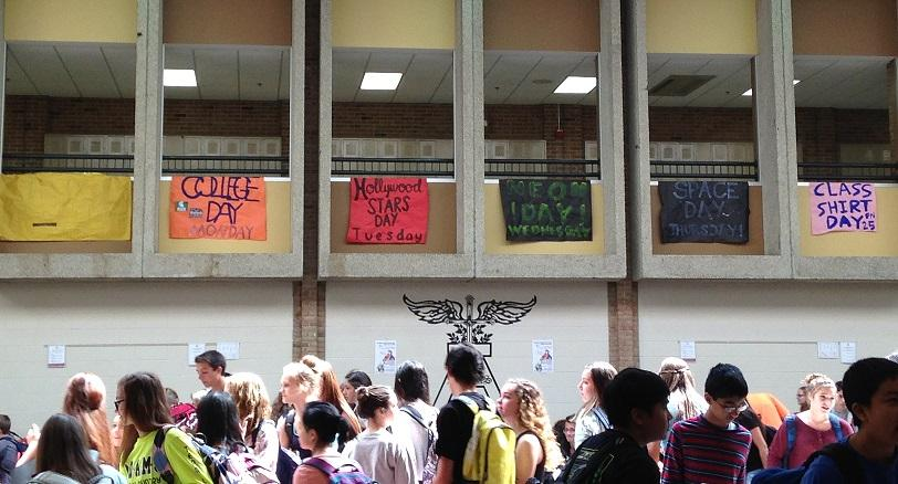 Student+council+makes+a+banner+promoting+each+spirit+day+to+hang+in+the+cafeteria