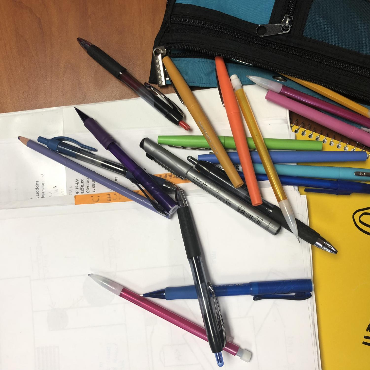 Studying for exams can result in stress, especially when students are disorganized.